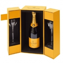 Veuve Clicquot Yellow Label Brut in Giftbox met 2 Champagneglazen